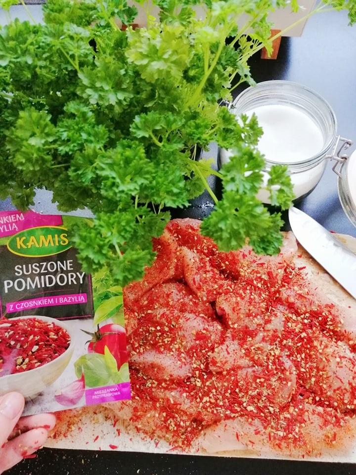 Pomidorowe kąski z kurczaka