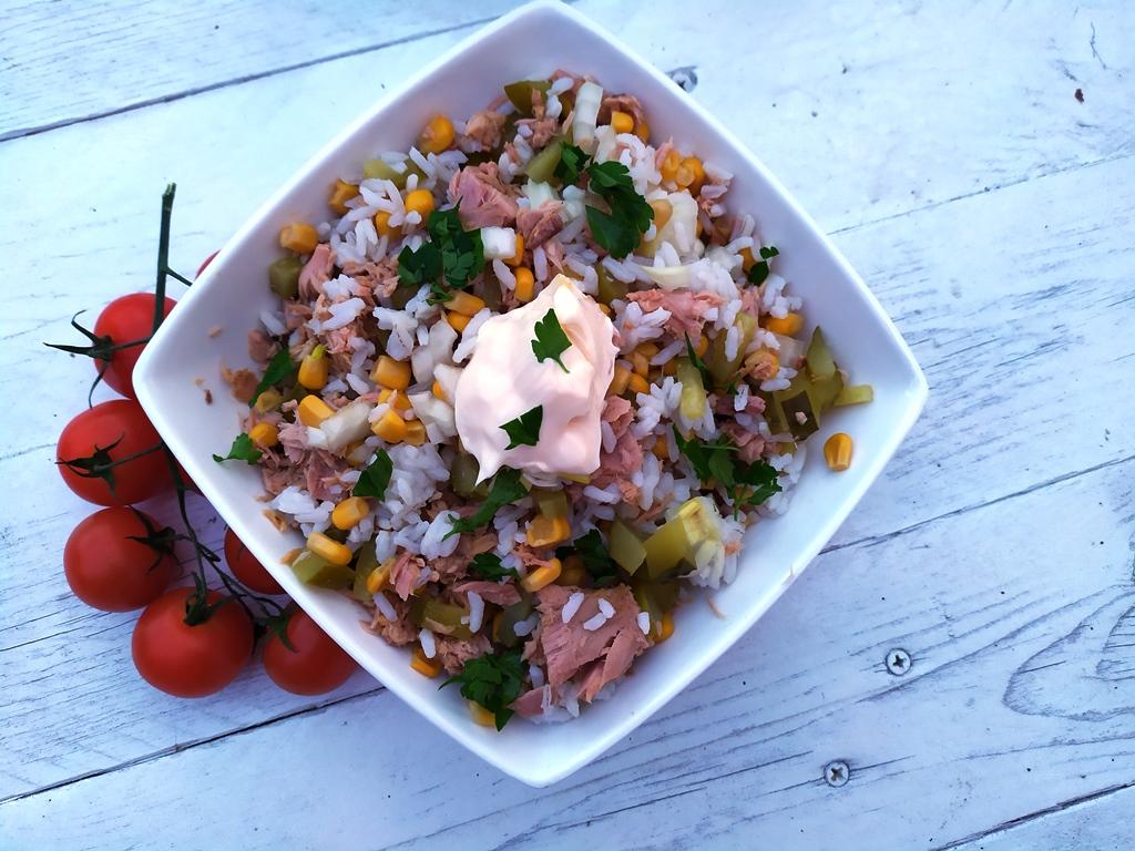Sałatka z tuńczykiem - zdjęcie 3