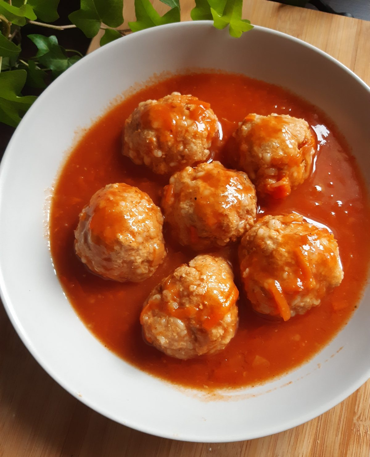 pulpety w sosie pomidorowym